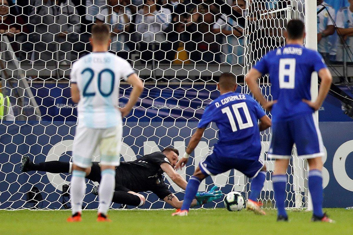 КА. Аргентина - Парагвай 1:1. Дерлис Гонсалес не забил пенальти и спас альбиселесте от фиаско - изображение 5