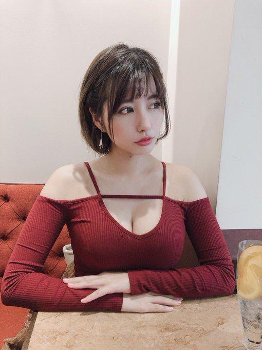 グラビアアイドルヴァネッサ・パンのTwitter自撮りエロ画像20