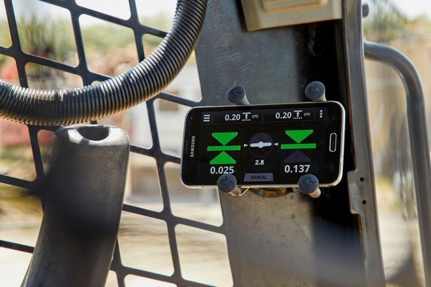 Trimble's new Earthworks Go 2D machine control uses your phone as the in-cab display #EarthworksGO #BYOD. Read more in this Equipment World article - https://t.co/SxWhPs3JmM https://t.co/zLGi7Kg4gu