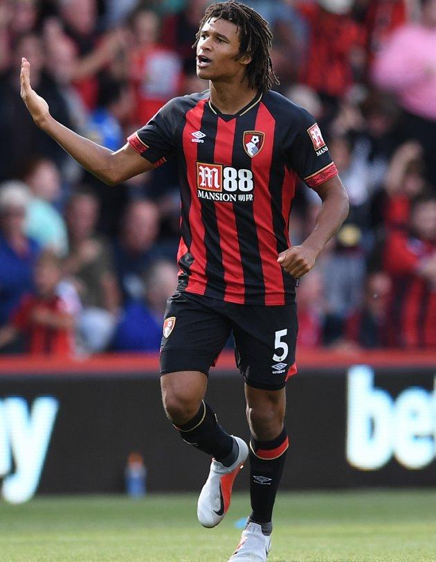 Napoli keen on Bournemouth defender Ake #Clarets   https:// fanly.link/c8490086d8    <br>http://pic.twitter.com/rQIDa5Kqt9