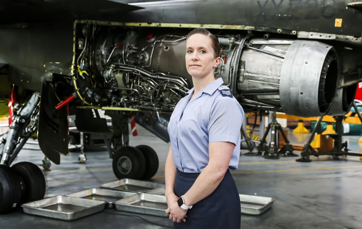 """On the run up to @INWED1919 Sgt Emma Morgan is marking her career as an engineer. Currently teaching the next generation of @RoyalAirForce engineers @RAF_Cosford, she said: """"I would encourage any female interested in engineering to pursue it as a career."""" #TransformTheFuture"""