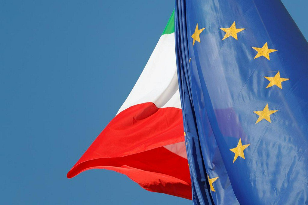 Italy counts on 5.2 billion euro budget improvement to appease EU: paper  https:// reut.rs/2xeWbyd    <br>http://pic.twitter.com/ZB9fSLG2my