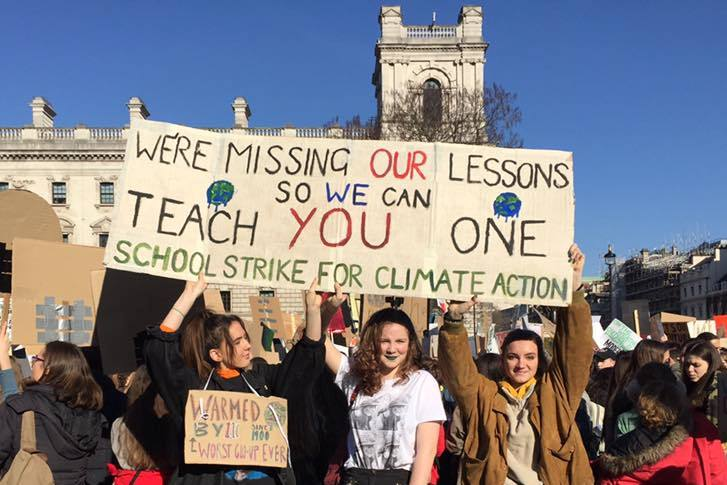 The @campaigncc Trade Union group is meeting this evening in London, England to discuss how unions can mobilise for the #GeneralStrike in September for action on the climate and ecological emergency: facebook.com/events/1512907… @earthstrikeuk #EarthStrike