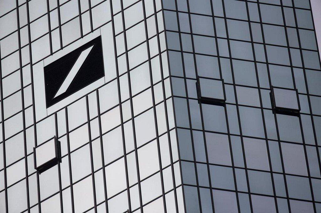 Deutsche Bank faces investigation for possible money-laundering lapses: NYT http://www.reuters.com/article/us-usa-deutsche-bank-idUSKCN1TK2YF?utm_campaign=trueAnthem%3A+Trending+Content&utm_content=5d0b3635e84fc20001cf0d95&utm_medium=trueAnthem&utm_source=twitter…