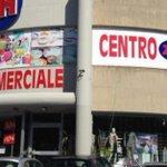 Image for the Tweet beginning: #Bancarotta. Sequestrati sette centri commerciali