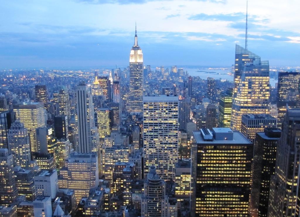 🇺🇸 ¿Quieres ganar un viaje a Nueva York para dos personas? 1️⃣ Ven a cualquiera de nuestros locales antes del 15 de agosto 2️⃣ Disfruta de un @ronsantateresa 'Gran Reserva' 3️⃣ Pide tu participación para el sorteo ¡¡¡Suerte!!! Más información: http://www.laboticaindiana.es/blog/la-botica-indiana-y-ron-santa-teresa-te-llevan-a-nueva-york-este-verano/… #Asturias