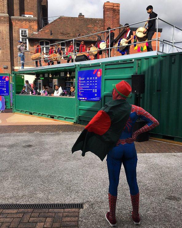 RT @melindafarrell: Bangladesh Spider-Man is at Trent Bridge and he is impressed. 🇧🇩 #CWC19 #AUSvBAN https://t.co/9bnb2umA0O