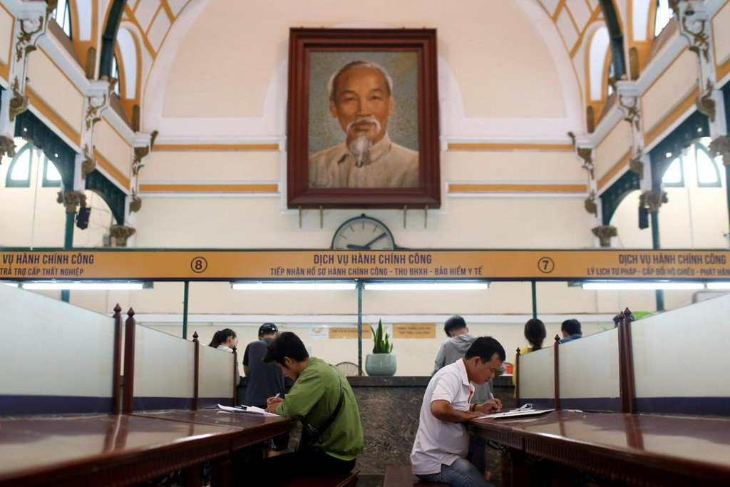 Vietnam calls in Russian experts to help preserve corpse of Ho Chi Minh http://www.reuters.com/article/us-vietnam-russia-hochiminh-idUSKCN1TL0FU?utm_campaign=trueAnthem%3A+Trending+Content&utm_content=5d0b549ce84fc20001cf0f9e&utm_medium=trueAnthem&utm_source=twitter…
