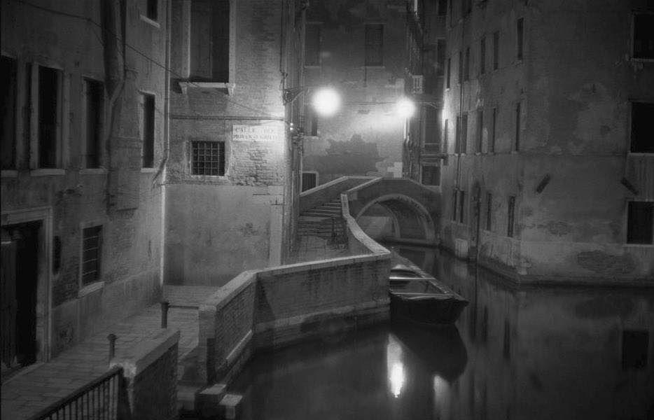 "Iveser Venezia on Twitter: ""#pontestorto 1955 [Inge Morath]… """