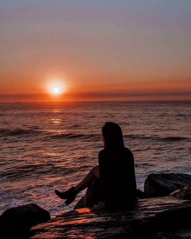 Ho guardato oltre il tempo Oltre lo spazio Oltre l'infinito  Ed ho visto te  #PensieroIndelebile