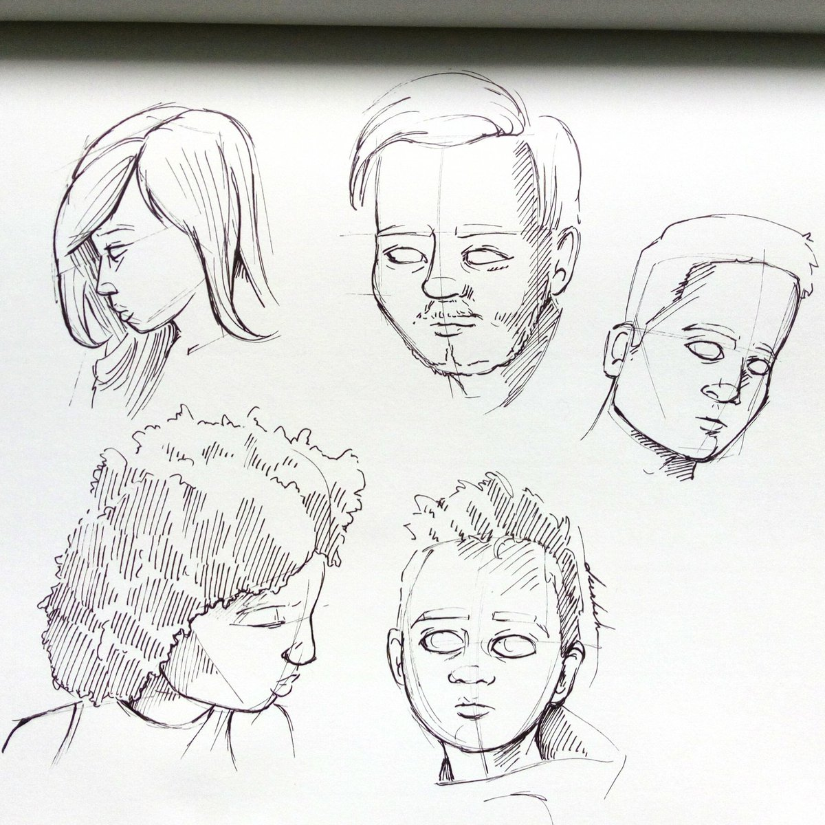 Faces, one stroke #dailyart #dailyillustration #faces #facestudy #portraits #humans #people #humankind https://t.co/mvhMCvjF8P