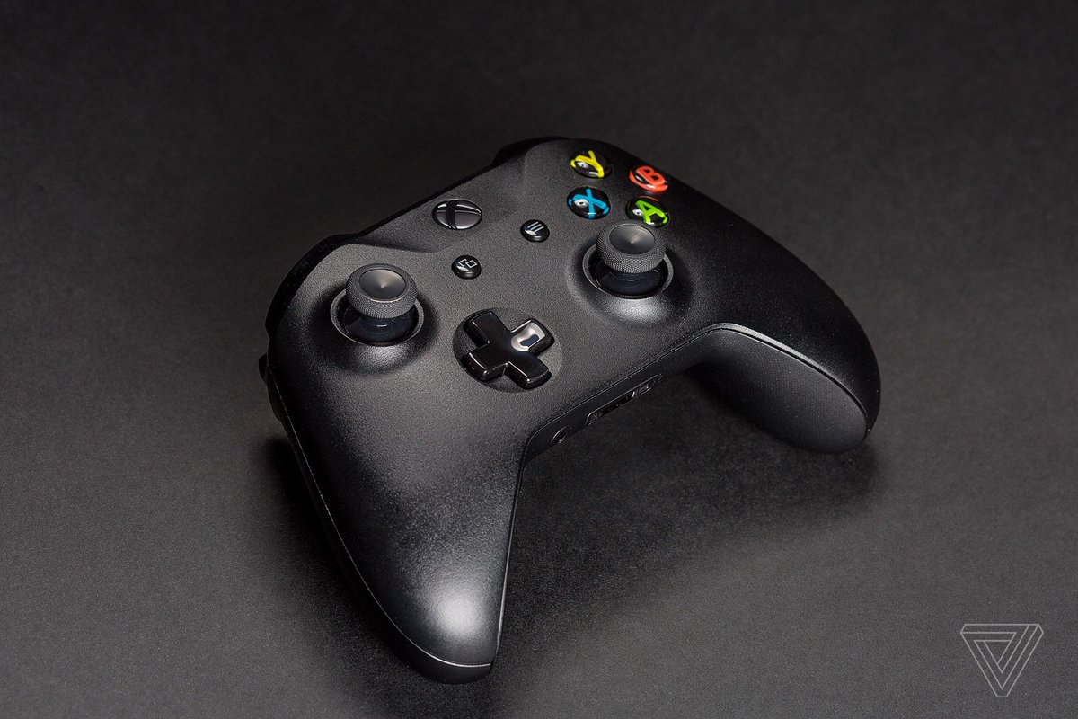 Xbox One controllers, natively supported in iOS 13, are much cheaper today
