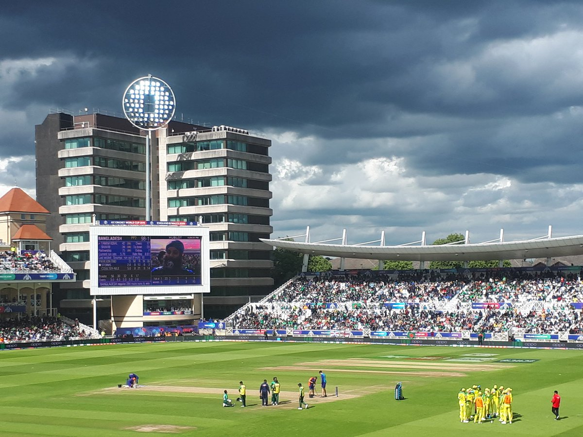 4 seasons in one day 😎#ICCWorldCup2019 #TrentBridge @BBCSport@TrentBridge #Australia #Bangladesh