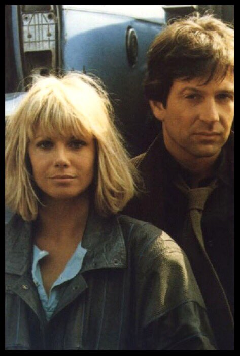 .@MsGlynisBarber & @MrMBrandon whilst filming 'The Squeeze' - 1984 #DempseyAndMakepeace #ThrowbackThursday<br>http://pic.twitter.com/DvdpUscitU