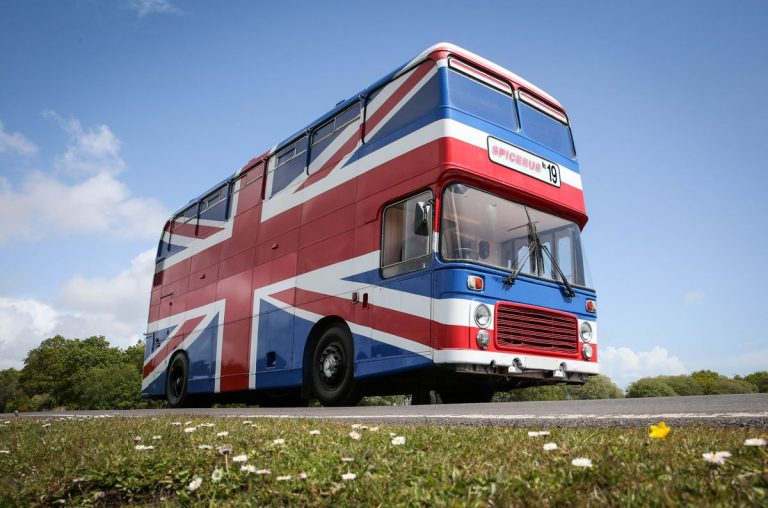 Stop right now: You can rent the actual Spice Girls' bus! http://expi.co/01nMSA #spicegirls #rent #stay #holiday