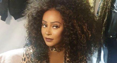 La cantante de las #SpiceGirls @OfficialMelB deja su carrera en la música por la televisión, va a tener su propio programa de entrevistas #TalkShow #spicegirlstour #Melb #TV https://bit.ly/2Fmh0Ml
