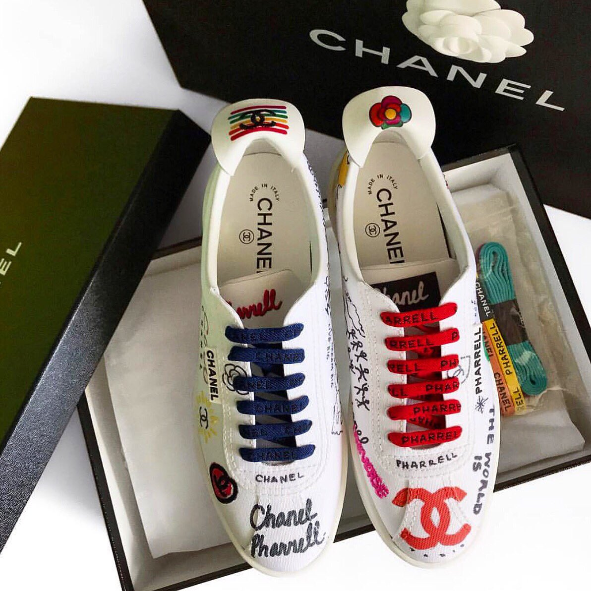 official photos 8a832 93412 Chanel x Pharrell Williams Sneakers COLOR : White SIZE : 37 ...