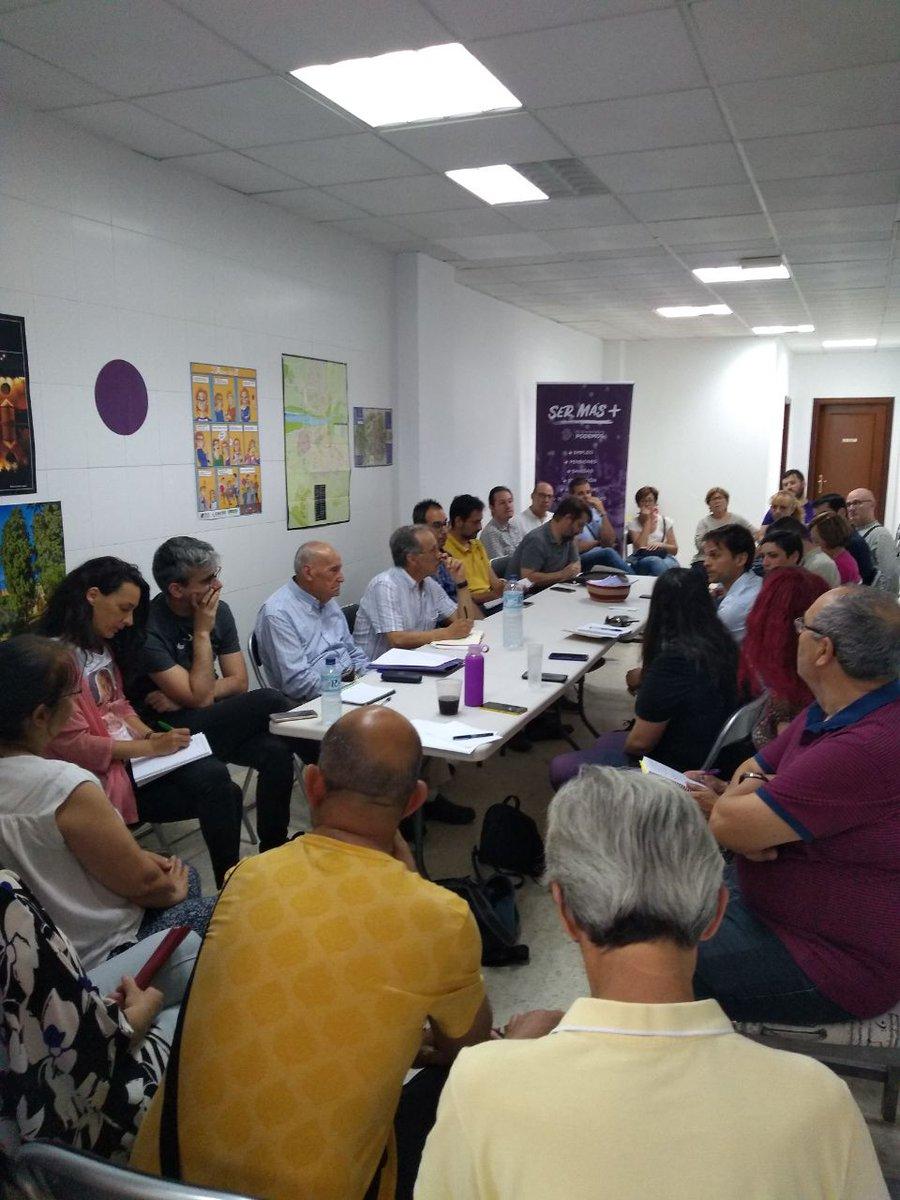 Ayer, en la sede de Podemos Badajoz, estuvimos junto a nuestras compañeras de Podemos Extremadura #AnalizandoUnidas los resultados electorales y la situación actual. Gracias por estar con nosotras 💜