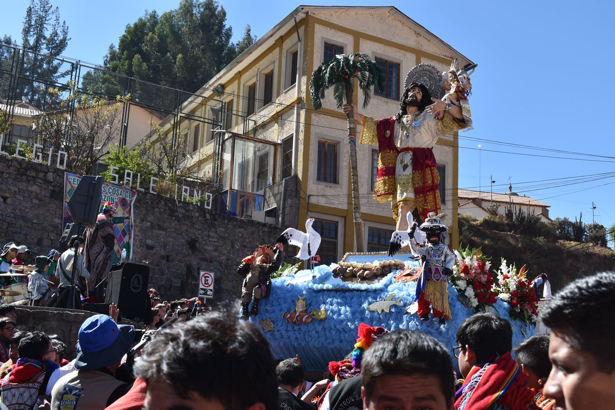 Peru – #CorpusChristi Celebration in #Cusco Salesian College https://t.co/v5Pq73ogif https://t.co/MKTDxXUMHC