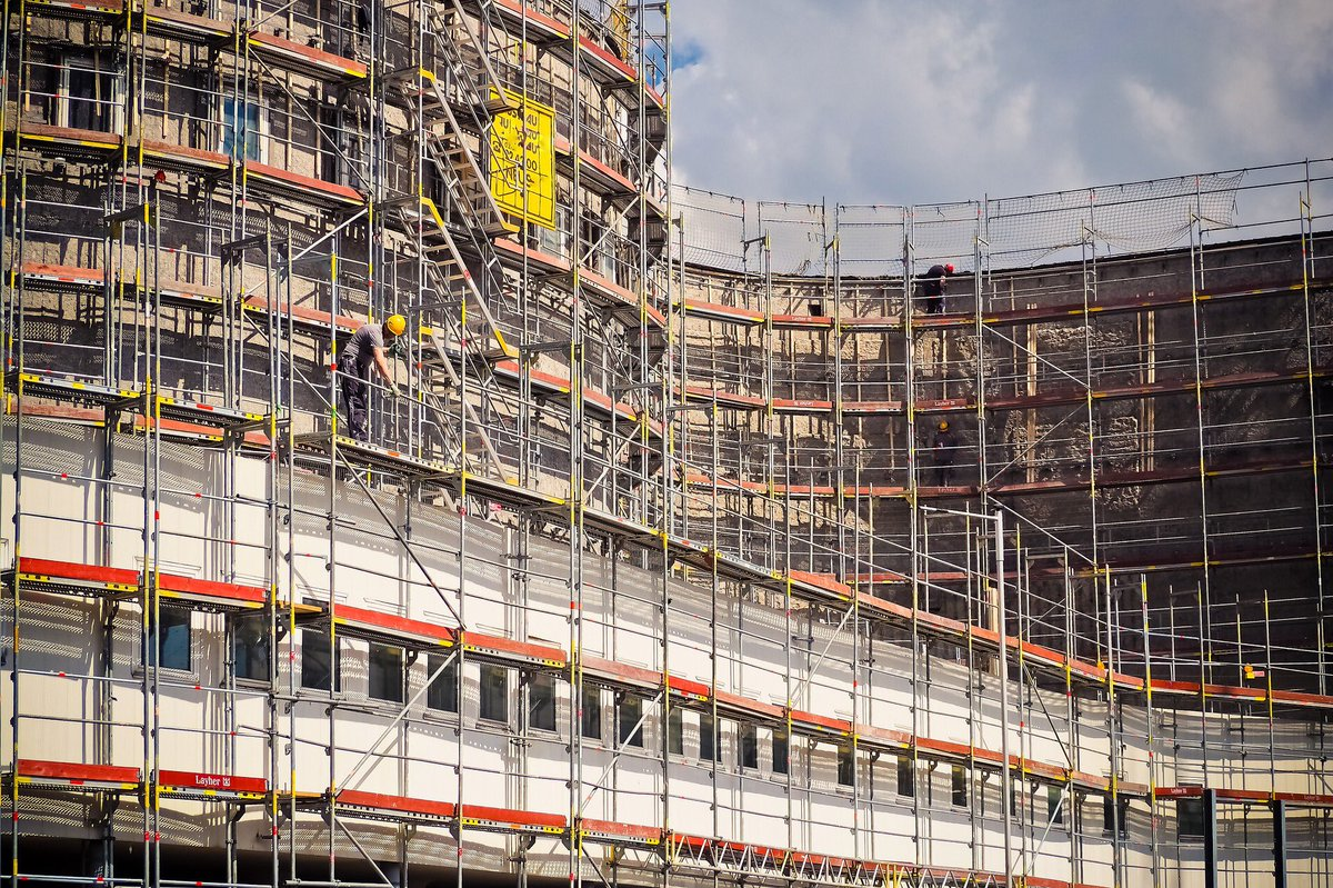 Do you have a #construction site in #Sheffield #Manchester #Leeds #Doncaster #Liverpool #Leicester and you want to #secure it with us? Call us or fill in our #online form on our #website to get a quick #quote #securityguard #UK
