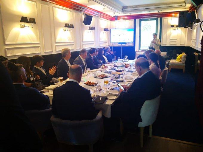 Nos reunimos junto a @IDC con las principales empresas de Banca y Seguros para...