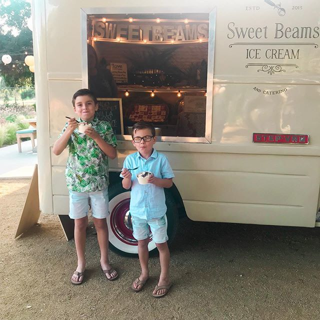 Summer is here. ☀️ The @sweet_beams ice cream truck was at the  @sugarandcharm #summer kickoff party and the boys definitely had 3 each! 🤷🏼♀️ Whatevs...🥳 #ministylehacker (Also, Ryker's shirt is on sale at @hm for $8.99!) #kidsparty #fashionkids https://t.co/Iw6uYdhgtB https://t.co/Q1KTaY4cNS