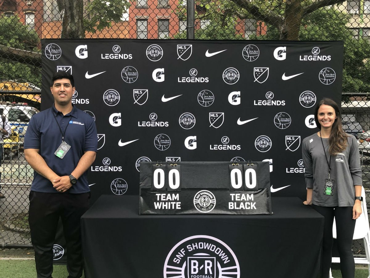 Last night at the Sara D. Roosevelt Park in NYC, HSS athletic trainer Gavin Ingster and physical therapist Angela Leis were on-site at the @BleacherReport x @SteveNashFdn Showdown, where they oversaw safety on the field for participants. #ShowdownNY