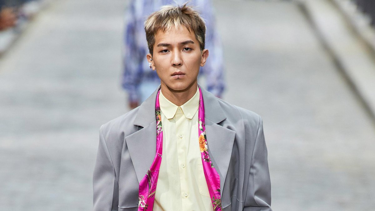 Winner's @Official_Mino_ just walked the @LouisVuitton runway–and stole the show. http://vogue.cm/jyAEvl6
