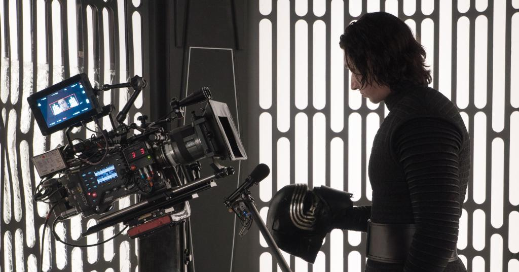 Kylo Ren has given everything to the dark side.   Behind the scenes on the set of Star Wars: The Last Jedi. <br>http://pic.twitter.com/5LRGQO7tR8