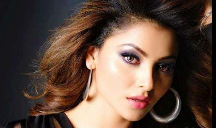 Urvashi Rautela Looks Sizzling Hot in Sheer Black Outfit And Pink Lips, Picture Will Make You go Crazy #UrvashiRautela https://www.imagesgirls.com/2019/06/urvashi-rautela-looks-sizzling-hot-in-sheer-black-outfit-and-pink-lips-picture-will-make-you-go-crazy/…