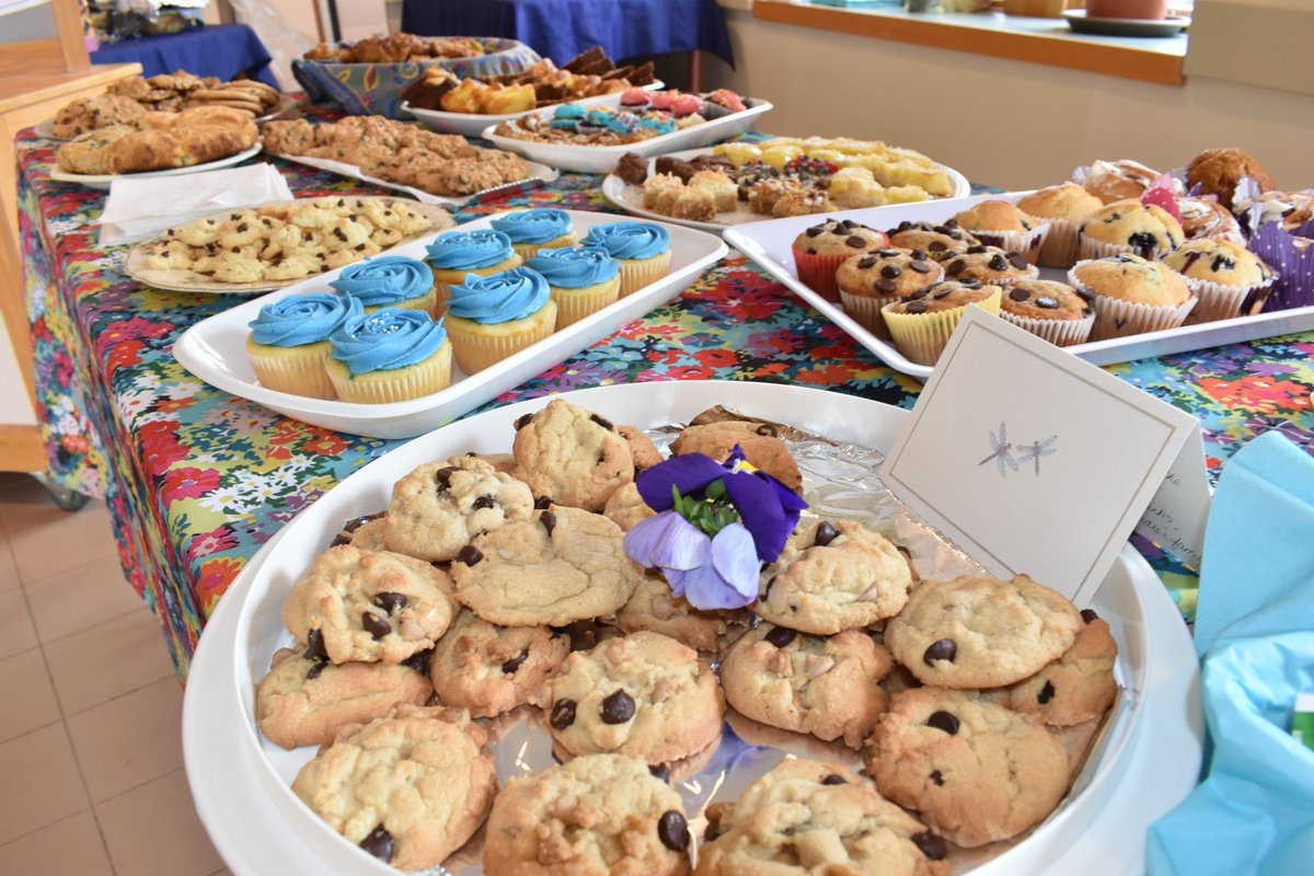 test Twitter Media - Cupcakes & cookies & muffins, oh my! A sweet treat buffet was set up for Providence Manor staff yesterday. Hosted by Family Council Connections, the Thank You event featured more than 400 sweet treats and personalized thank you notes from residents' families. #morethanhealthcare https://t.co/Rkcjeu9Vdn