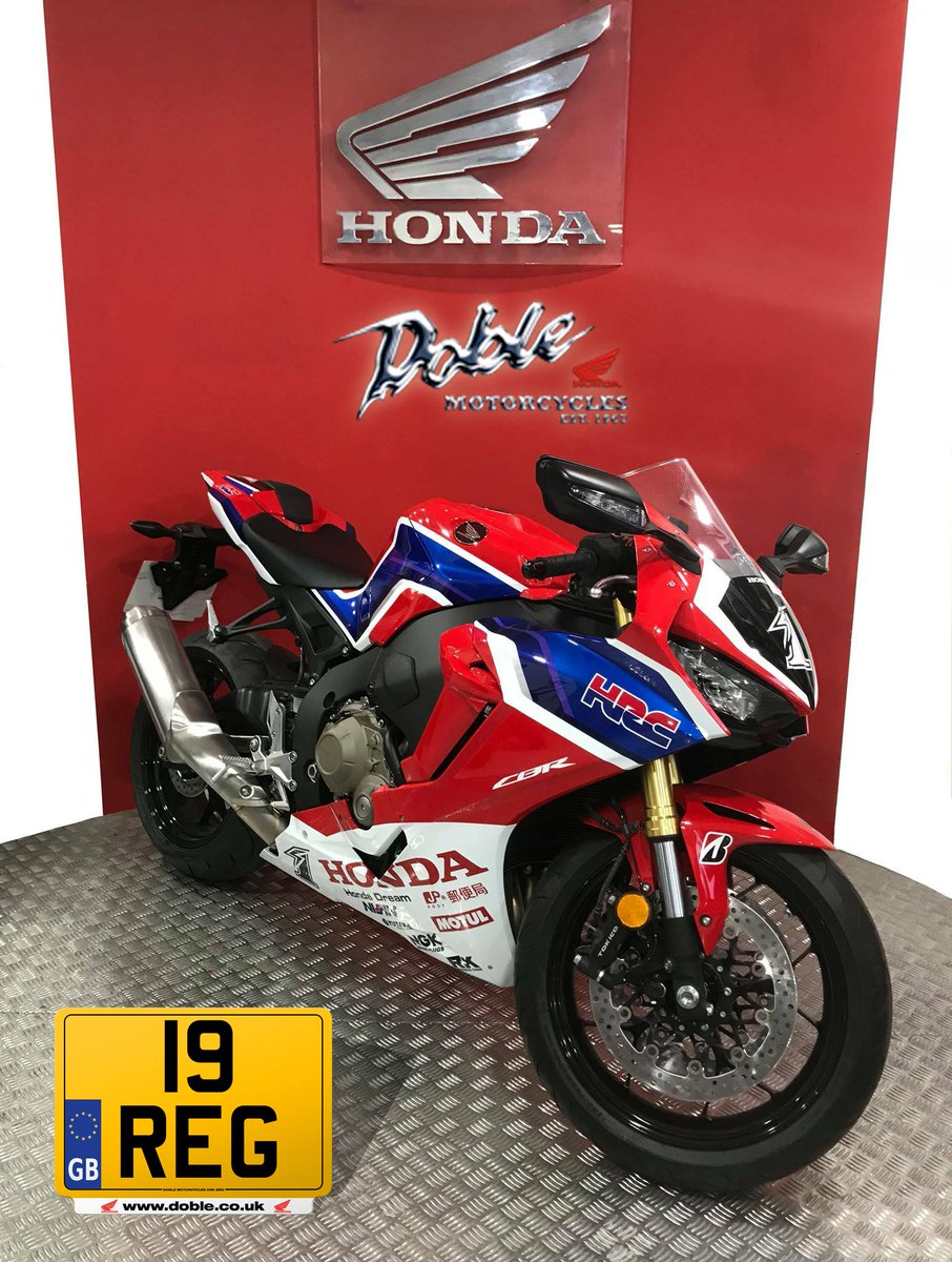 Imagine waking up to this on a Friday!  HRC Endurance / All Japan Superbike Championship Takumi Takahashi RRW Replica Limited Edition Honda CBR1000RR - Fireblade Special Offer... with just a £19.00 deposit.  #WeAreBikers<br>http://pic.twitter.com/7uN20akEwB