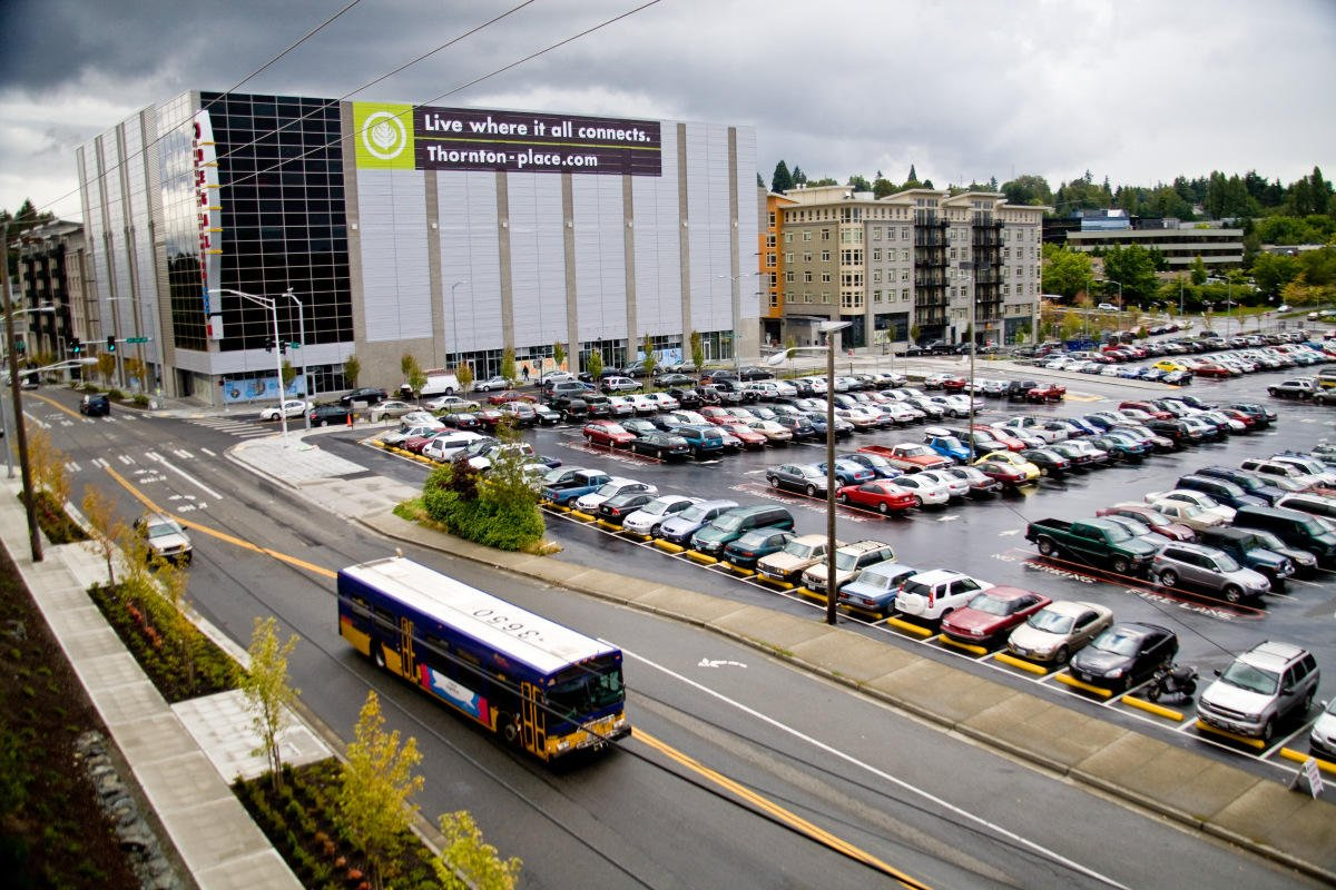 While many people choose to park their cars at park and ride lots, did you know that there are other types of transportation to get you there? Learn more about on-demand shuttle services and bike parking options in our latest blog post! #RideTransit   http://fal.cn/shhP