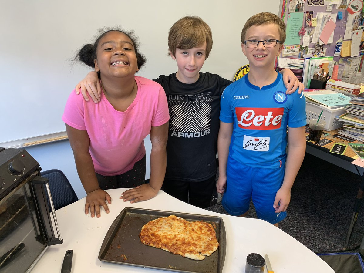 Our Wetlands Auction Experience was a success! I think we should open our own pizza place! <a target='_blank' href='http://twitter.com/CampbellAPS'>@CampbellAPS</a> <a target='_blank' href='https://t.co/9XH6zSbKec'>https://t.co/9XH6zSbKec</a>