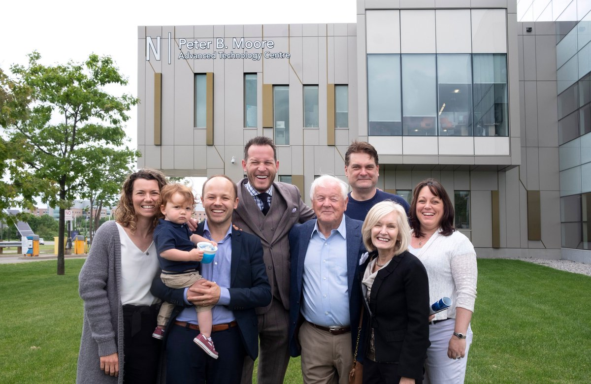 Georgian celebrated the incredible contributions of local businessman and philanthropist Peter B. Moore with the unveiling of signage in his honour at the Barrie Campus. Peter's family helped celebrate the unveiling and toured the building. @Moore_Packaging #innovation
