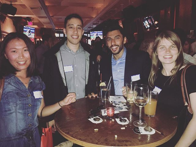 Big thanks to our MSA #BizDeac alumni for joining us for an NYC happy hour! Once a biz deac, always a biz deac! Already looking forward to our next one! 🎩💛🎓 https://t.co/gLRNh3lWX1
