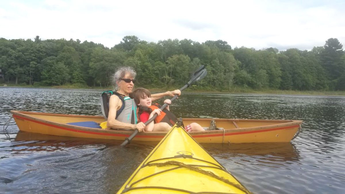 Traveling from #Massachusetts, Olivia underwent successful #ankle surgeries with a pair of HSS foot & ankle surgeons. Now, she's had little to no pain in both ankles and is able to #travel and #kayak pain-free: http://ow.ly/Ad7R50uJhXI