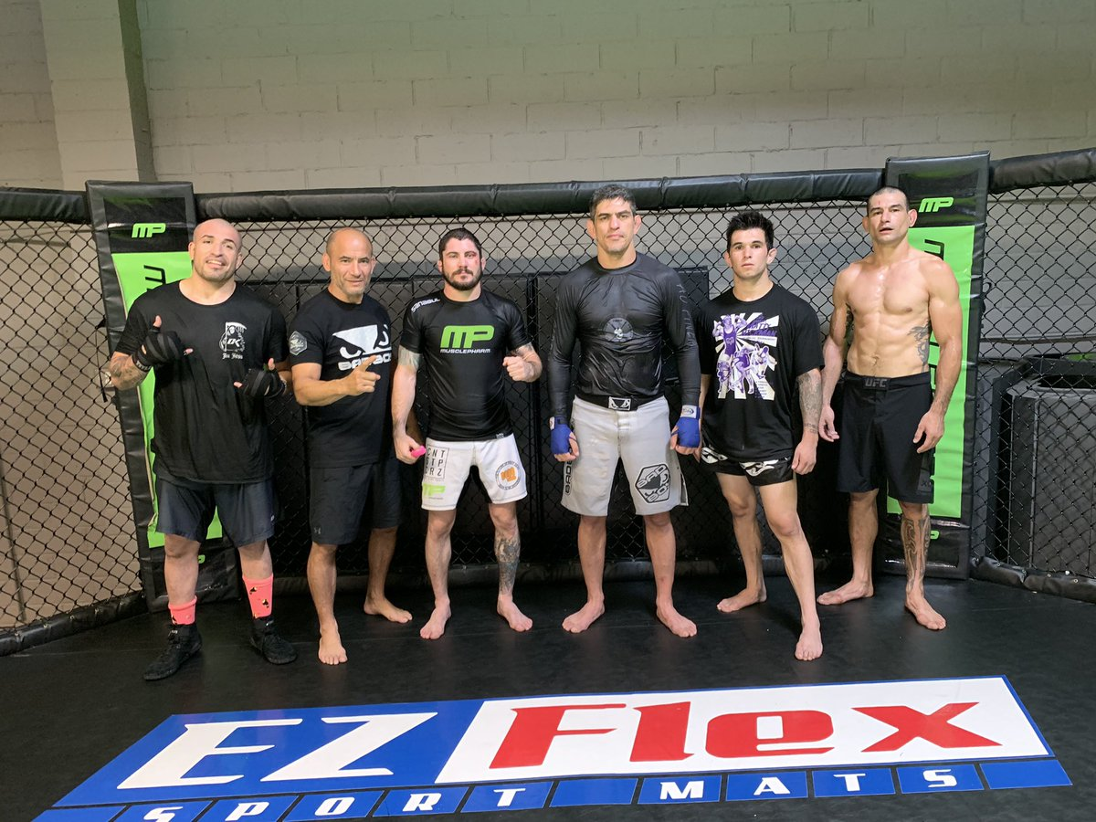 Last hard day at @mpcombat with the boys! #Rounds #MMA #UFC #FromHellPichel #MP #Killers