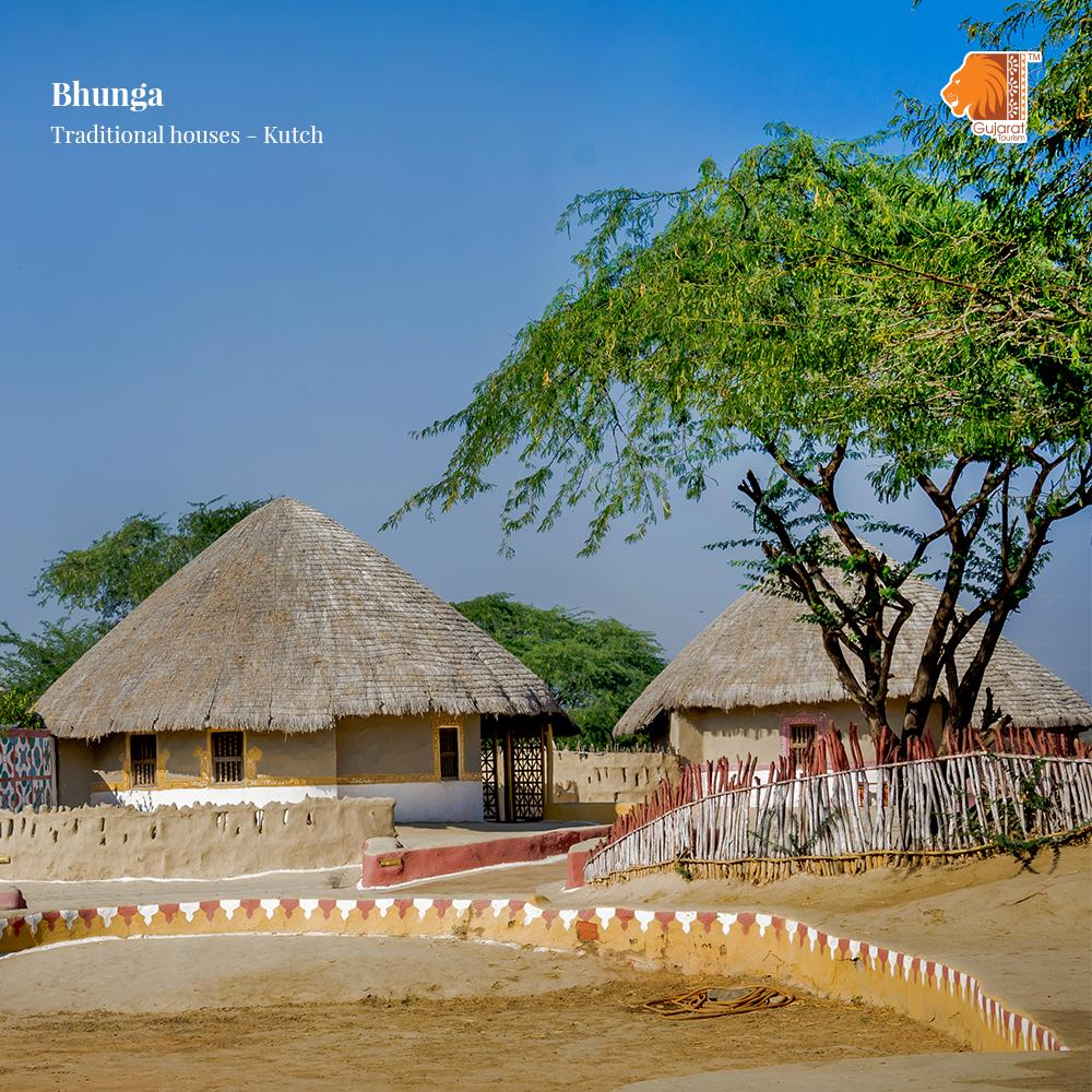 Bhungas are round traditional Kutchi houses built by using mud and decorated with various things from inside and outside. They are considered to be engineering wonders as they preserve the internal environment of the house. #Kutch #GujaratTourism #Traveldiaries