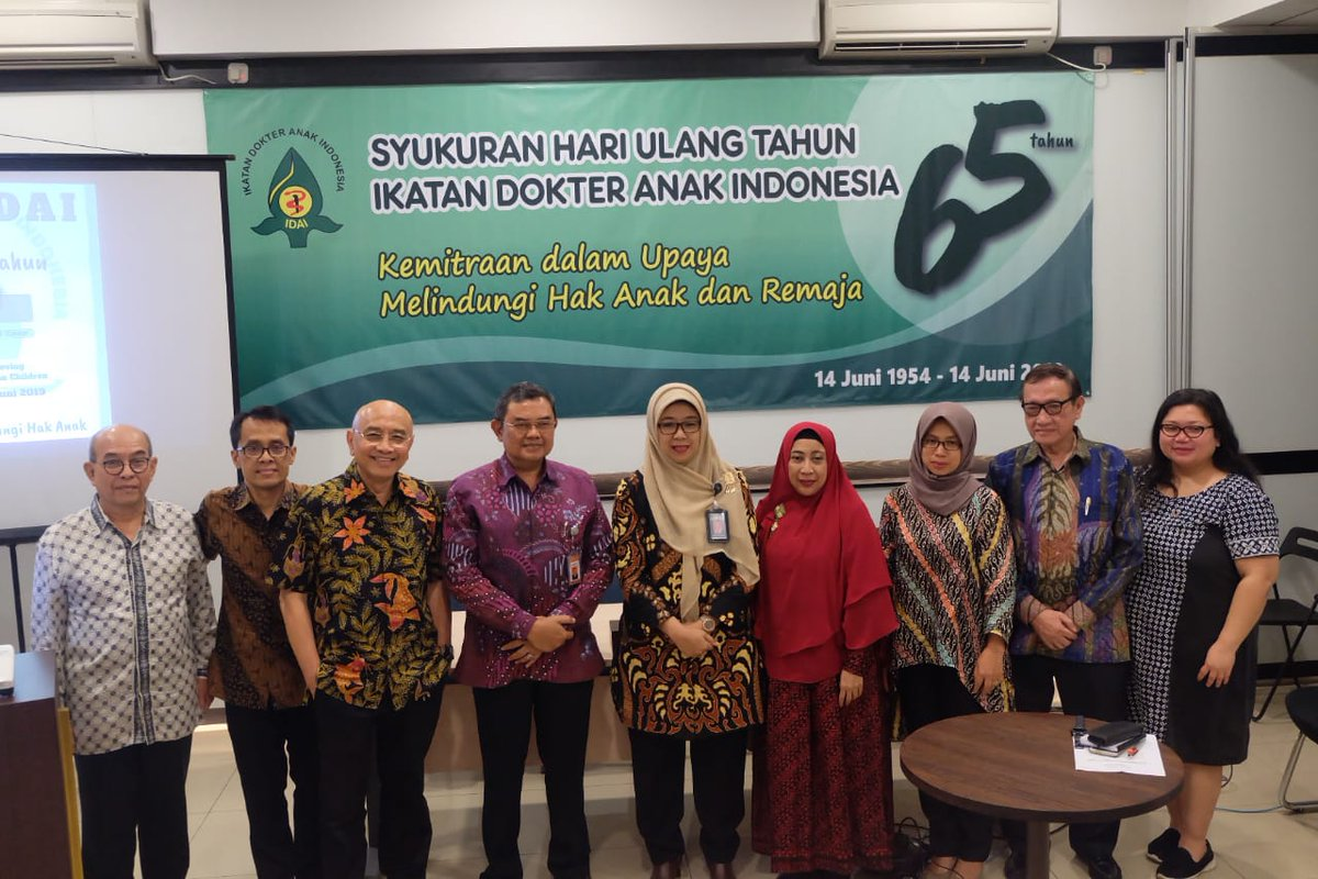 """On 19th June, 65th anniversary of Indonesia Pediatric Society, they held a media seminar with the theme """"Together Protecting the Rights of the Child"""". IPS encourages the formation of various partnerships to protect the rights of children and youth in Indonesia @idai_tweets"""