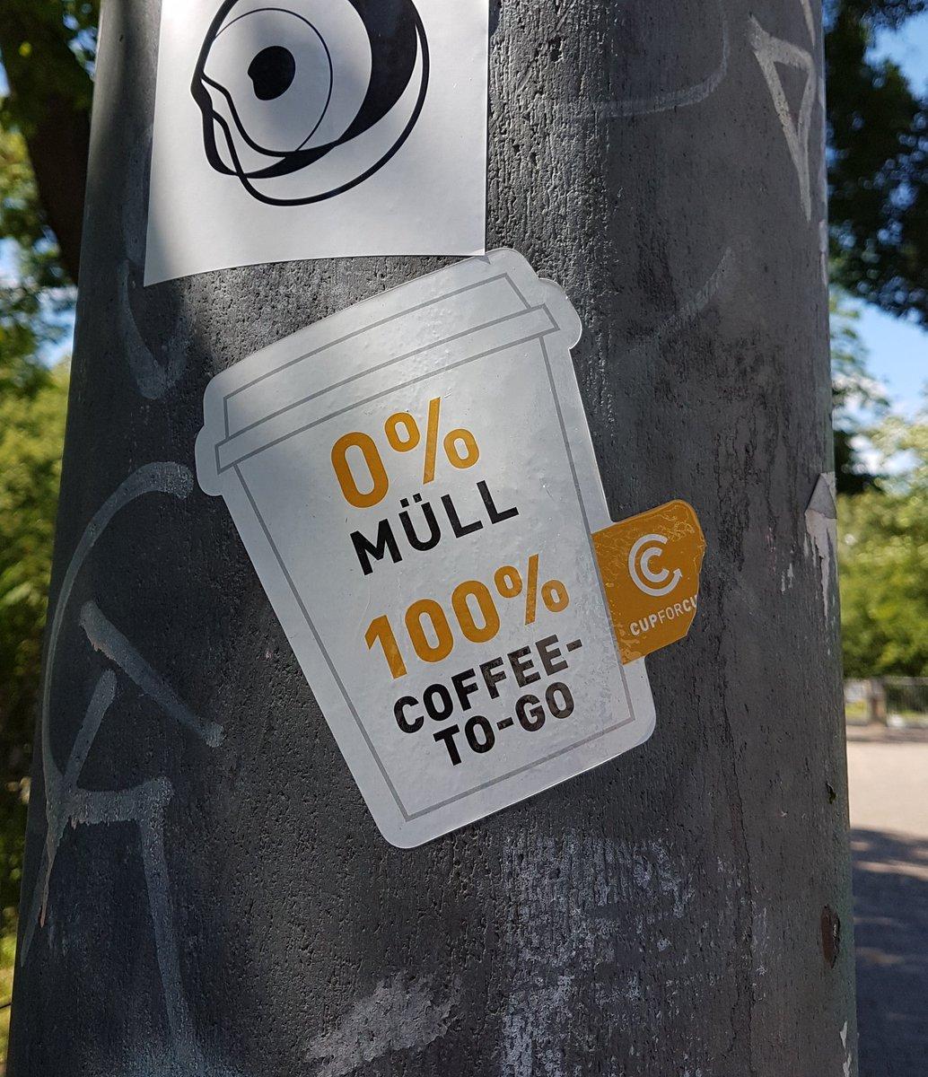 #Plastikmüll #coffeetogo #FridaysforFuture #sticker https://t.co/Z288heA1av