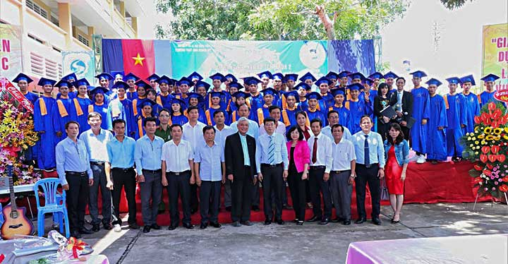 Closing #Ceremony at #DonBosco My Thuan Technical School  https://t.co/KZjoLY6qbr https://t.co/msyBx9mjh3