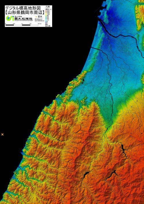山形県沖を震源とする地震関連 デジタル標高地形図「山形県鶴岡市周辺」をPDF、 地理院地図で公開しています。 令和元年(2019年)山形県沖の地震に関する情報のページ gsi.go.jp/BOUSAI/R1_yama… 地理院地図で見る maps.gsi.go.jp/#10/38.692477/…