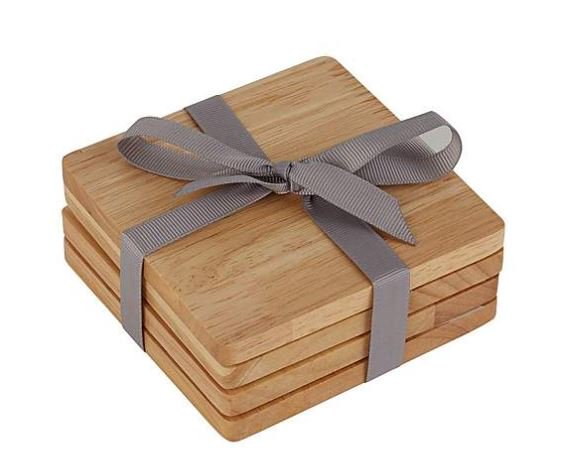 #Competition As the weather gets warmer, alfresco dinning becomes a must! We are giving away these natural wooden coasters to one lucky winner for the perfect table setting. To win follow and retweet. T&C's apply ends 28/06. #FreebieFriday <br>http://pic.twitter.com/MQU57TYvBC