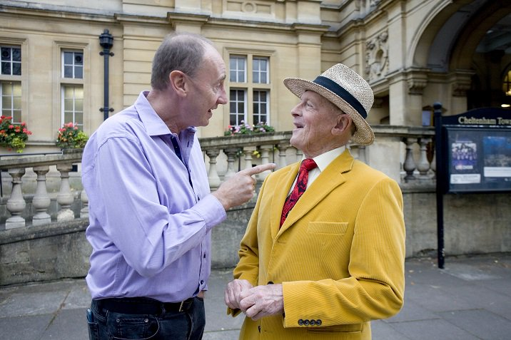 Join @GeoffreyBoycott and @Aggerscricket for an evening of laughter and cricket at @MalvernTheatres on 1st October @malvernlocal @MalvernGazette  #Cricket #whatson #Malvern http://ow.ly/Es1q30oUNhb