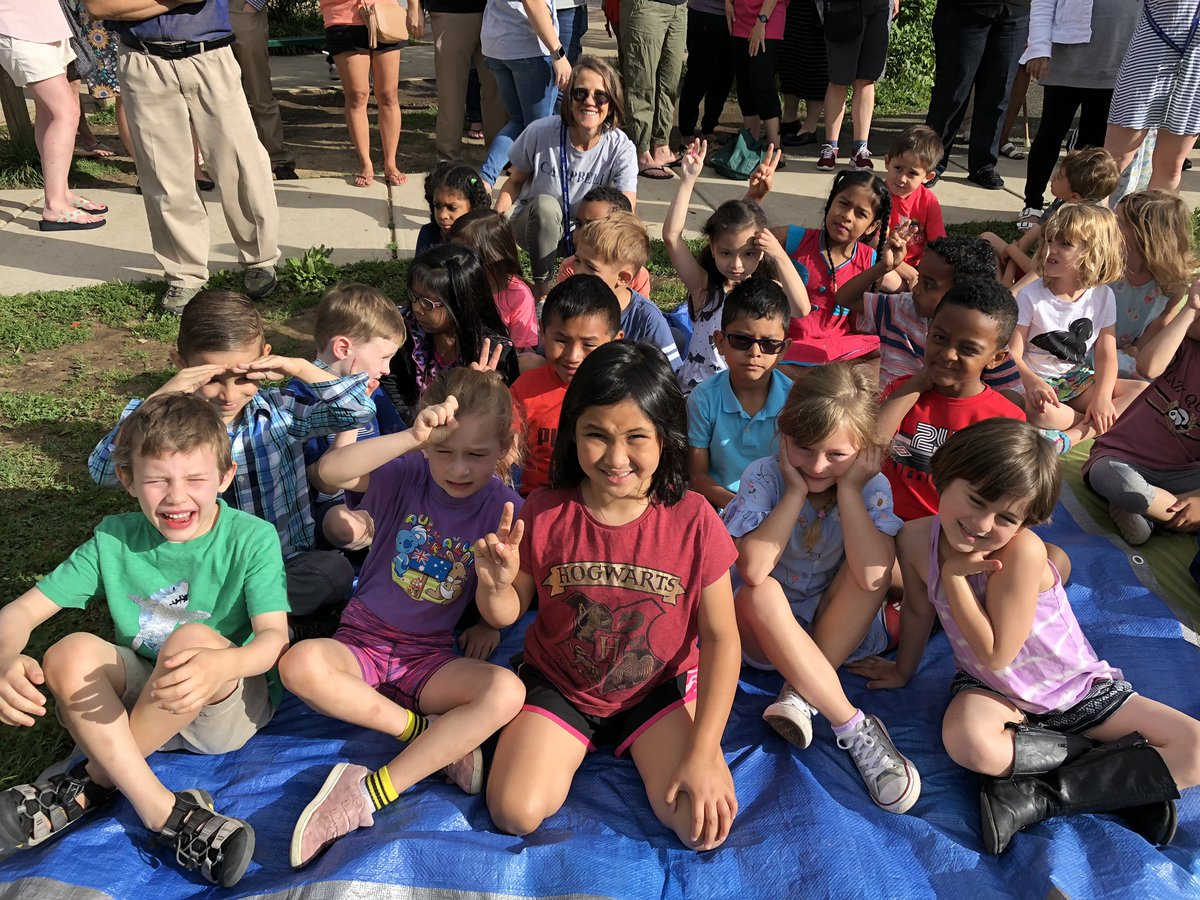 Congratulations on an amazing year at <a target='_blank' href='http://twitter.com/CampbellAPS'>@CampbellAPS</a> , Kindergarten! <a target='_blank' href='http://twitter.com/MrsSillKinder1'>@MrsSillKinder1</a> <a target='_blank' href='http://twitter.com/peaceteachhill'>@peaceteachhill</a> <a target='_blank' href='http://twitter.com/MsKyleK1'>@MsKyleK1</a> <a target='_blank' href='https://t.co/MmmJZtAkew'>https://t.co/MmmJZtAkew</a>