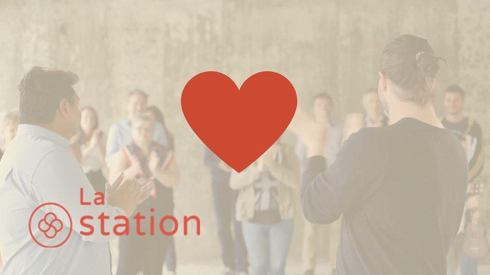 Signez le mur des (re)bâtisseurs!!! ❤ Pour un don de 50$, signez le mur commémoratif qui sera érigé à La station soulignant l'entraide. *Un reçu de charité d'une valeur de 50 $ vous sera remis. C'est par ici: https://laruchequebec.com/projet/drame-solidarite-6083… #entrepreneuriat #affaires #villedequébec