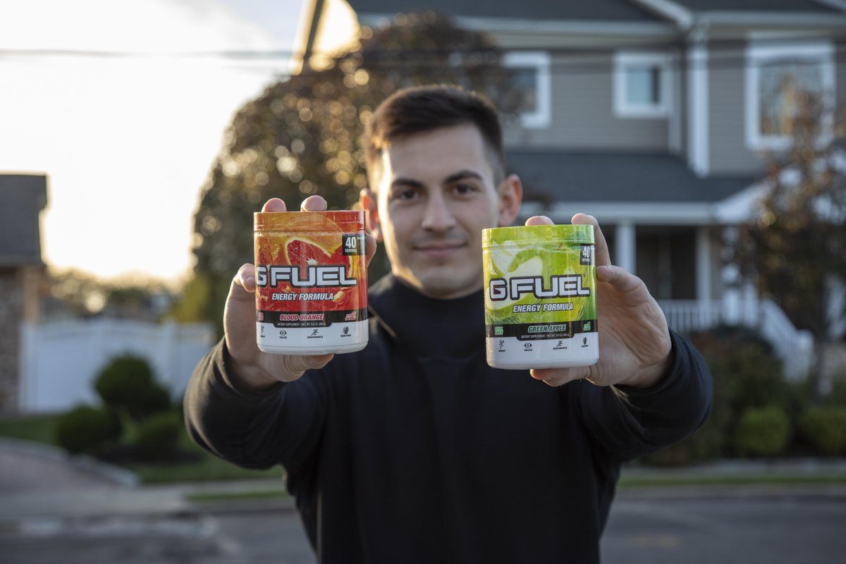 Yo. It's #FridayMorning. Let's get this #GFUEL. <br>http://pic.twitter.com/uJnRmAgzzS
