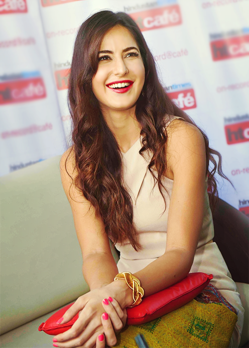 She's got the most beautiful smile ever.. Epitome of perfection 💖 #KatrinaKaif https://t.co/Dk0yAp4NM4