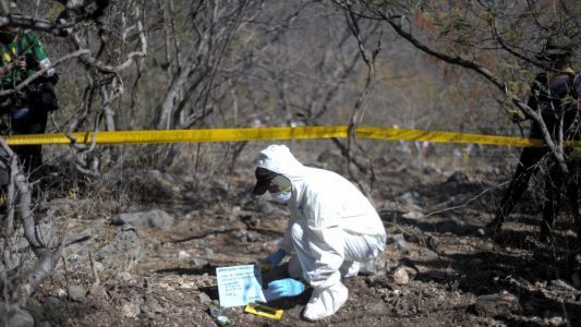 1,600 Secret Graves Discovered in Mexico Since2006 https://amgreatness.com/2019/06/21/1600-secret-graves-discovered-in-mexico-since-2006/…